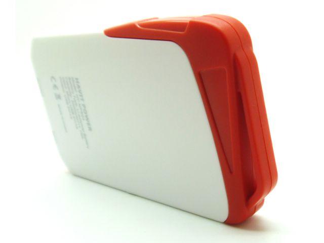 CARGADOR HAVIT  DE EMERGENCIA USB PORTATIL 3000MAH  5V1A
